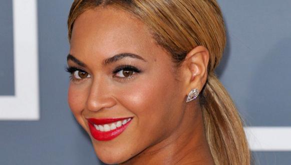 10 mẹo cực hay để răng luôn trắng bóng
