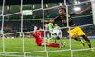 Tỏa sáng trở lại, Aubameyang cam kết tương lai với Dortmund