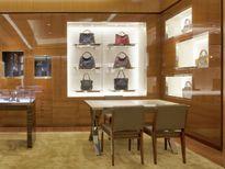 Louis Vuitton và cuộc chiến chống hàng giả tại Việt Nam