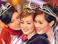 Hoa hậu Châu Á bị quản lý và bạn trai lừa đi khách