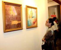 Lần đầu trưng bày 30 bức họa danh nhân Việt Nam của họa sĩ Chóe
