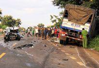 Tông trực diện xe tải, 2 CSGT tử vong