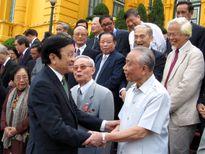 Cuộc gặp của Chủ tịch nước với các nhà ngoại giao kỳ cựu