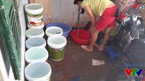 Người dân Hà Nội cầm cự chờ ngày nước sạch về