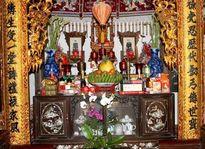 Cách lau dọn bàn thờ để không phạm tâm linh trong tháng cô hồn