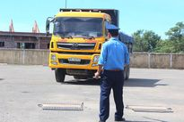 """Khoanh vùng """"điểm nóng"""", xử lý xe quá tải tại Nghệ An"""