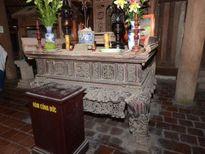 Cháy hương án 300 năm tuổi của chùa Bút Tháp