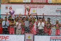 CLB Hà Nội nhận chức vô địch Giải hạng Nhất Quốc gia 2015