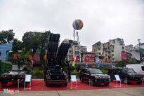 Hàng loạt xe đặc chủng quân đội hội tụ tại Hà Nội