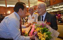 TP.HCM: Trao huy hiệu Đảng cho 139 đảng viên