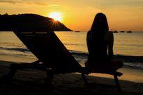 Tắm biển đêm và đón bình minh trên bán đảo Cam Ranh