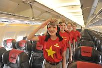 Vietjet: đồng phục cờ đỏ sao vàng mừng Quốc khánh