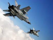 Tìm hiểu máy bay tiêm kích đánh chặn nặng nhất thế giới