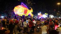 Thưởng thức bữa tiệc đèn lồng khổng lồ xứ Tuyên