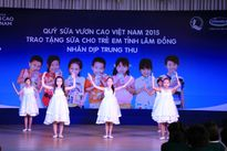 Vinamilk và quỹ sữa Vươn cao Việt Nam đến với trẻ em Lâm Đồng