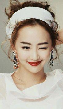 Những cặp môi dày gợi cảm của sao Hàn