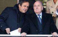 """2 chủ tịch Blatter, Platini bị """"treo"""" quyền 3 tháng?"""
