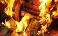 Mang 700 triệu cùng hỏa táng vì con trai bất hiếu