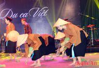 Du ca Việt 'thương về miền Trung'