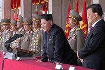 Triều Tiên khoe sức mạnh quân sự