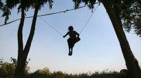 Ấn Độ: Bé gái 4 tuổi vạch mặt yêu râu xanh