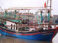 Sóng to ập đến, 1 ngư dân tử vong khi đang đánh cá