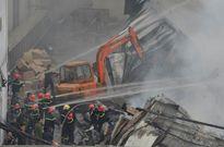 Sinh viên ngừng học vì vội đi... chữa cháy