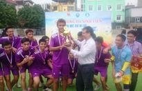 Bế mạc giải bóng đá sinh viên Viện Đại học Mở Hà Nội