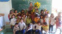 Ngày 20-11 ở vùng cao: Hoa dại tặng thầy cô...