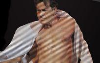 Charlie Sheen bị lộ clip oral sex đồng giới