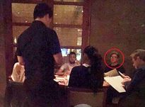 Selena Gomez bị nghi hẹn hò Niall (One Direction) khi lộ ảnh ăn tối