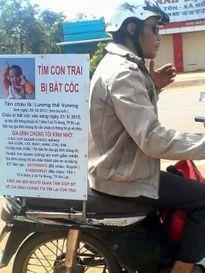 Dân mạng chung tay giúp người cha 6 tháng đi xe máy tìm con