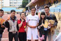 Cựu danh thủ của bóng đá Việt Nam kêu gọi xóa nạn bạo hành gia đình