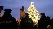 Cây thông Noel thách thức đe dọa khủng bố tại Cộng hòa Séc
