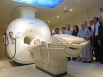 Một người Singapore tặng Đà Nẵng máy MRI 1,5 triệu USD