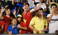 HLV U.19 Hàn Quốc nói sức nóng khán đài khiến các cầu thủ bị khớp
