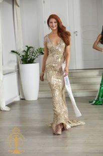 Việt Nam lọt Top 10 trang phục dạ hội Hoa hậu Siêu quốc gia