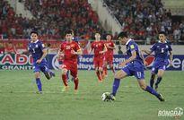Bóng đá Việt Nam: Chưa thấy thành tích thì nên đá đẹp