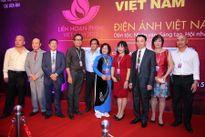 Nghệ sĩ trên thảm đỏ Bế mạc LHP Việt Nam lần thứ 19