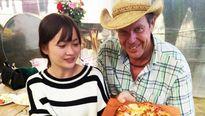Chàng 'cao bồi' K'Ho hóa món ăn Âu-Mỹ