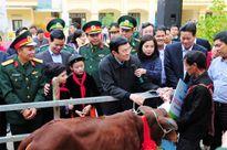 Chủ tịch nước thăm, làm việc và khảo sát vùng biên giới tỉnh Hà Giang