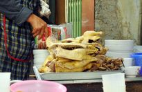 Ngan nướng chảo gang thơm lừng phố Nguyễn Du