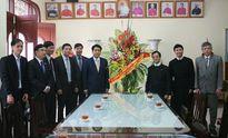 Chủ tịch TP Hà Nội chúc mừng Giáng sinh Giáo xứ Thái Hà