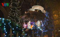 Không khí Giáng sinh tưng bừng ở nhiều nơi trong cả nước
