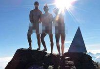 Tổng cục Du lịch: '3 khách Tây 'khỏa thân' trên đỉnh Fansipan là phản cảm'