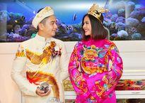 Áo cưới họa tiết long bào 'độc, lạ' của Vân Trang Sốc với nhan sắc tàn tạ khó tin của 'Thánh nữ' Maria Ozawa