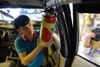 Bình chữa cháy trong xe hơi vô dụng và nguy hiểm?