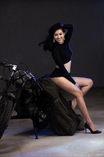 Hot girl giống cựu nữ Thủ tướng Thái Lan đang đóng phim ở Sài Gòn