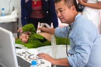 Nghệ An: Gần 1.200 trẻ em được khám sàng lọc bệnh tim bẩm sinh
