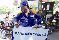 Giá dầu giảm lại là may mắn cho Việt Nam